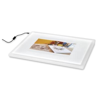 Copic Tracer Lelight Box Photo